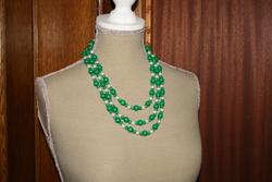 Halsketting hout-acrylkralen (groen wit)