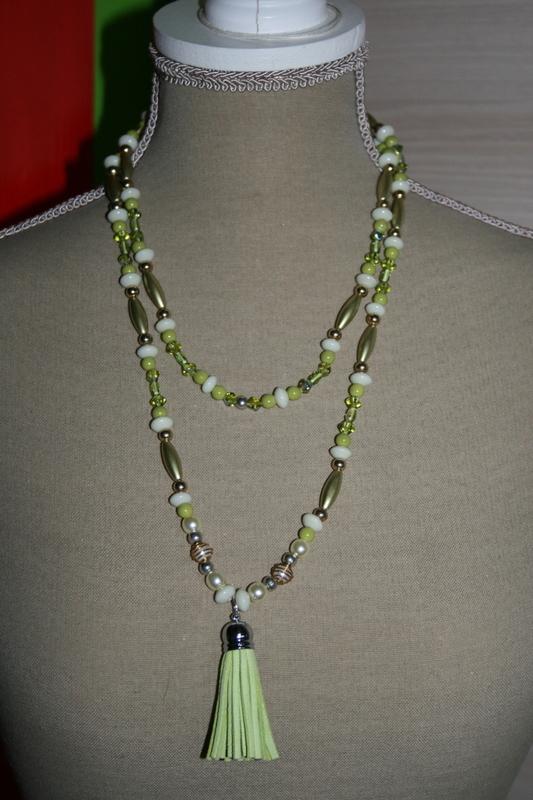 Halsketting met glaskralen, glasparels en acrylkralen (geel)