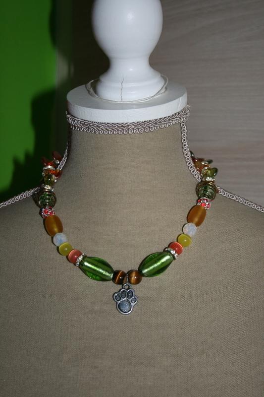 Halsketting met edelsteen, cat-eye en zilver folie glaskralen (verschillende kleuren)