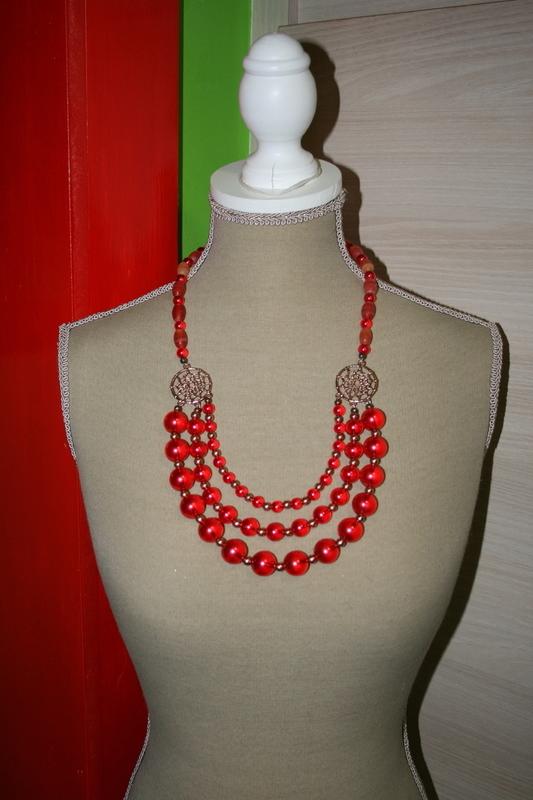 Halsketting met glasparels (rood)
