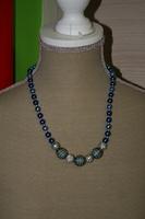 Halsketting met glasparels (blauw)