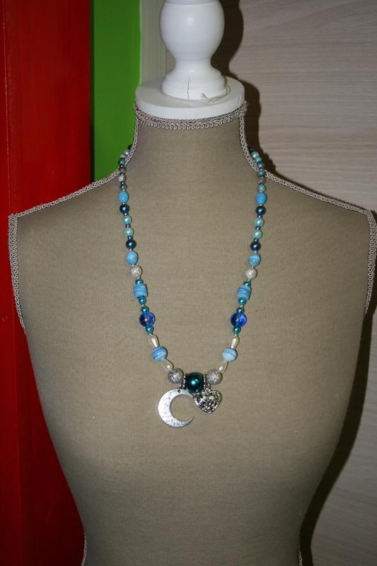 Halsketting met glaskralen, glasparels (blauw)