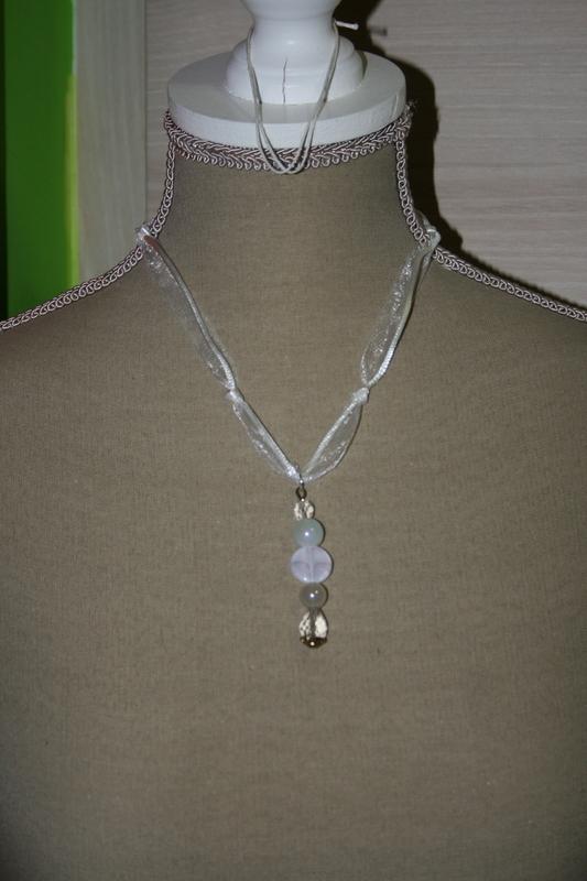 Halsketting met glaskralen (wit)