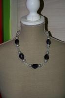 Halsketting met edelsteen (zwart - wit)