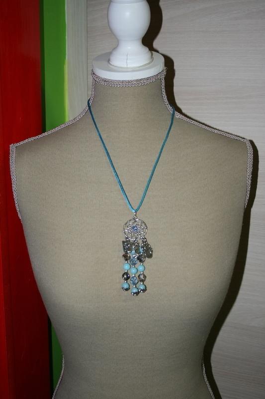 Halsketting Hangertje Dreamcatcher Edelsteen en Kristallen (op z'n blauw)