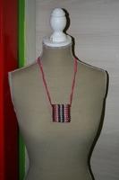 Halsketting met glas kralen (verschillende kleuren)