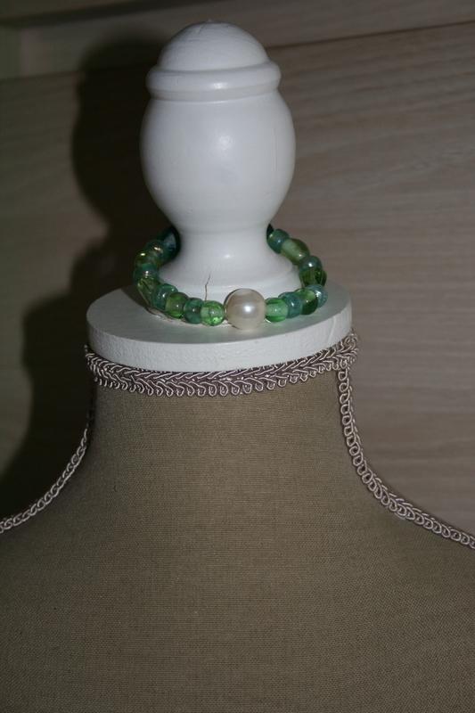 Armband met glaskralen (groen)