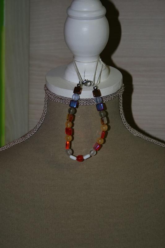 Armband met glaskralen (verschillende kleuren)
