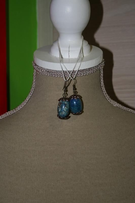 Oorbellen met keramieke kralen (blauw)