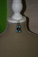 Oorbellen met Shamballa kralen en kristallen (op z'n blauw)