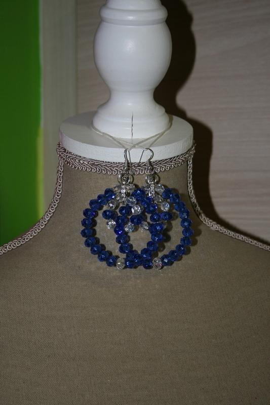 Oorringen kristallen blauw
