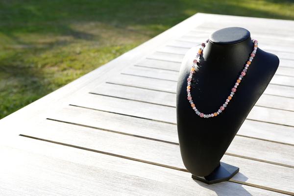 Halsketting met Shamballa kralen en kristallen